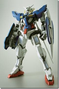 gn-001_gundam-exia_front
